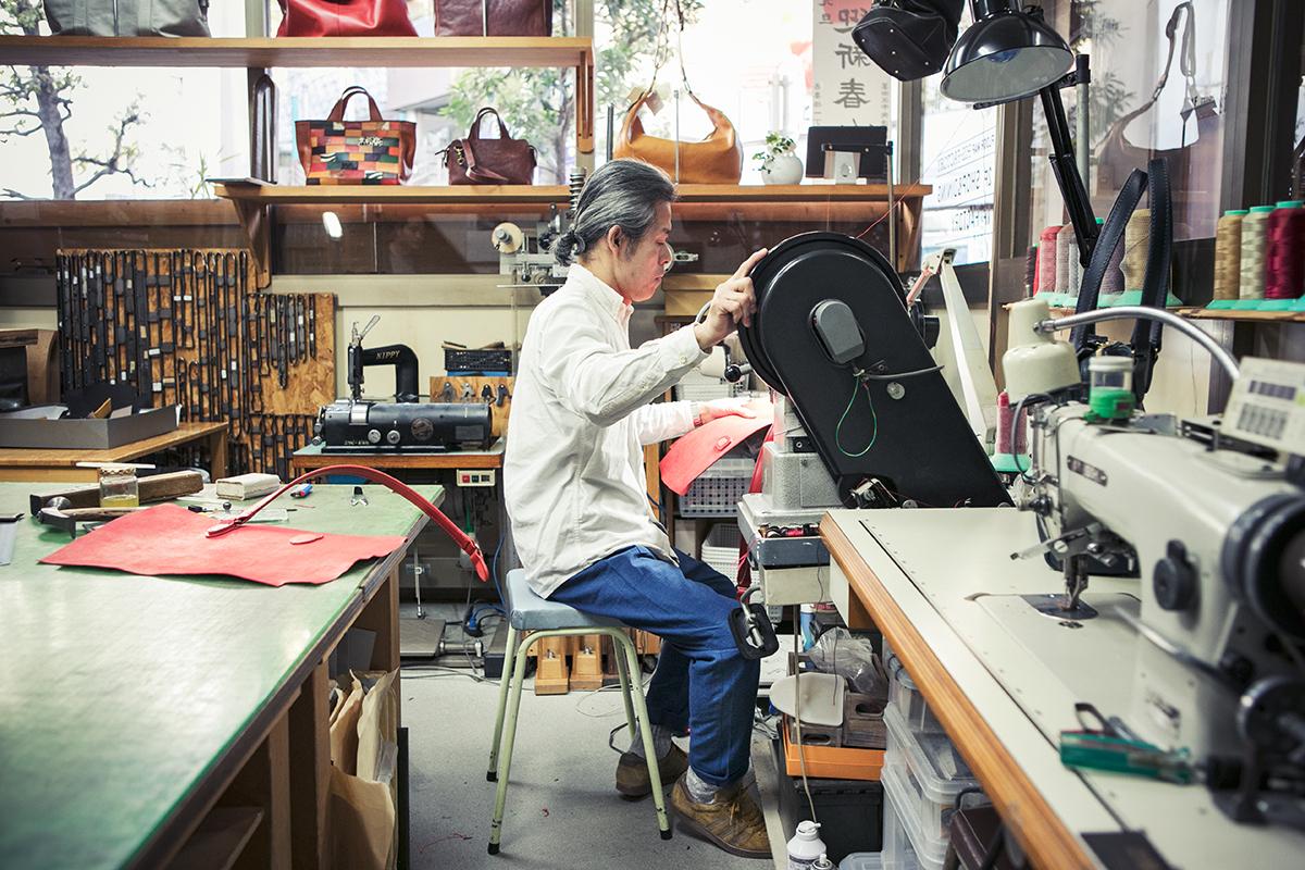 革鞄工房ショップオーナー