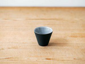 碗 円錐 小(黒練・白練)/南景製陶園